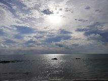 Por do sol no mar imagem de stock royalty free