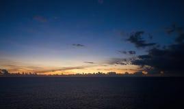 Por do sol no mar do Cararibe Imagem de Stock Royalty Free