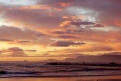 Por do sol no mar em Itália fotografia de stock royalty free