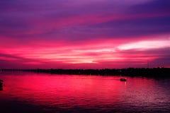 Por do sol no Mekong River em Nongkhai Imagens de Stock