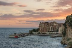 Por do sol no Monako fotos de stock royalty free
