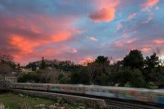 Por do sol no monte da acrópole, vista do inverno de Monastiraki Fotografia de Stock