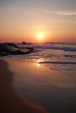 Por do sol no oceano, foto de stock