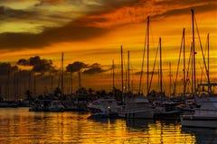 Por do sol no porto ³ n de MazarrÃÂ, Múrcia, Cartagena, Espanha fotografia de stock