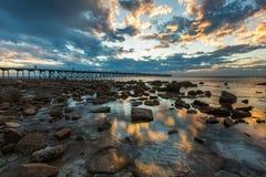Por do sol no porto Hughes Jetty na península de Yorke em Aust sul fotografia de stock