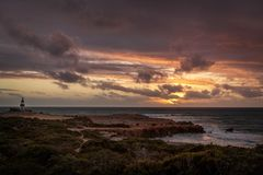 Por do sol no promontório na veste, Sul da Austrália fotografia de stock