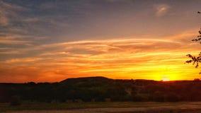 por do sol no rancho em Texas foto de stock