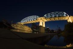 Por do sol no rio de Cumberland Nashville da baixa, TN. Imagens de Stock