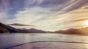 Por do sol no som de Marlborough Foto de Stock Royalty Free