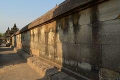 Por do sol no templo de Plaosan fotos de stock royalty free