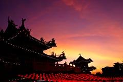 Por do sol no templo de Thean Hou Imagens de Stock