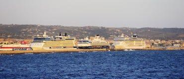 Por do sol nos navios de cruzeiros Foto de Stock Royalty Free