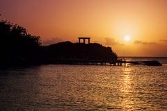 Por do sol nos turcos e no Caicos fotografia de stock royalty free