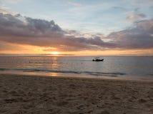 Por do sol do oceano de Mauritius Indian imagem de stock