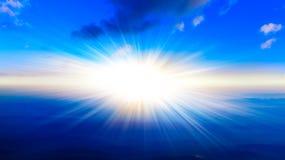 Por do sol ou nascer do sol com nuvens, raios claros e o outro efeito atmosférico ilustração royalty free