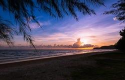 Por do sol Por do sol bonito na PARTE DO LESTE DE TAILÂNDIA Foto de Stock Royalty Free