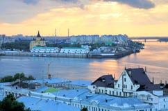 Por do sol romântico de julho em Nizhny Novgorod Imagem de Stock