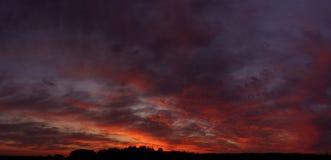 Por do sol sangrento Imagem de Stock