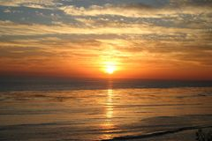 Por do sol silencioso Imagem de Stock