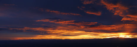 Por do sol sobre Albuquerque fotografia de stock royalty free