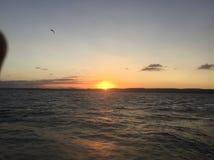 Por do sol sobre a amizade Imagem de Stock Royalty Free