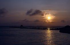 Por do sol sobre a baía Fotografia de Stock