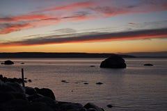 Por do sol sobre Christian Island na baía Georgian, Ontário de dezembro imagem de stock royalty free
