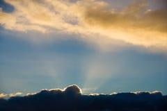 Por do sol sobre Cornualha, Reino Unido Imagem de Stock