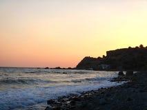 Por do sol sobre a Creta de Grécia do Mar Egeu Fotos de Stock Royalty Free