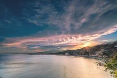 Por do sol sobre Giardini Naxos - Sicília Fotografia de Stock Royalty Free