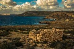 Por do sol sobre Gozo Ilhas maltesas, Europa sul Imagem de Stock Royalty Free