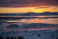 Por do sol sobre Islândia Foto de Stock Royalty Free