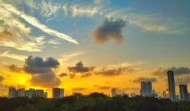 Por do sol sobre mumbai imagem de stock royalty free