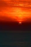 Por do sol sobre o Atlântico Fotografia de Stock Royalty Free