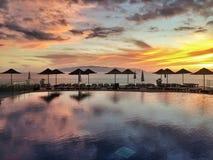 Por do sol sobre o mar e a associação Tenerife imagem de stock royalty free