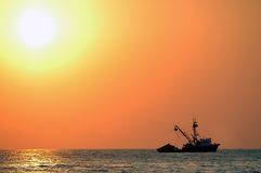 Por do sol sobre o mar em Puerto Escondido Fotografia de Stock Royalty Free