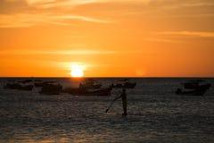 Por do sol sobre o mar em San Juan del Sur, Nicarágua imagens de stock