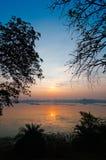 Por do sol sobre o pântano do pantanal Fotos de Stock Royalty Free