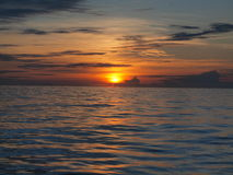 Por do sol sobre o Pacífico Imagem de Stock Royalty Free