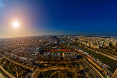 Por do sol sobre o panorama de Paris Fotografia de Stock