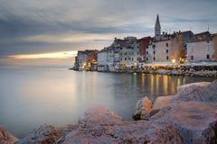 Por do sol sobre o Rovinj velho, Croácia Foto de Stock Royalty Free