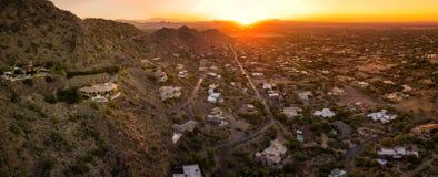 Por do sol sobre o vale do Arizona foto de stock
