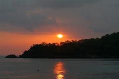 Por do sol sobre Oludeniz fotografia de stock