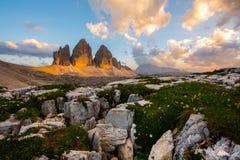 Por do sol sobre os picos Imagens de Stock Royalty Free