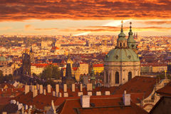 Por do sol sobre Praga Foto de Stock Royalty Free