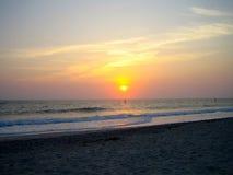 Por do sol sobre a praia de Florida fotos de stock royalty free