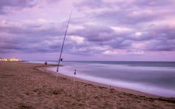 Por do sol sobre a praia em Castelldefels Foto de Stock