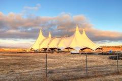 Por do sol sobre uma tenda do circus fotografia de stock