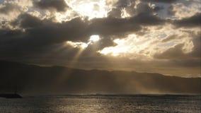 Por do sol sombrio Havaí fotografia de stock royalty free