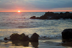 Por do sol tropical da praia Imagens de Stock